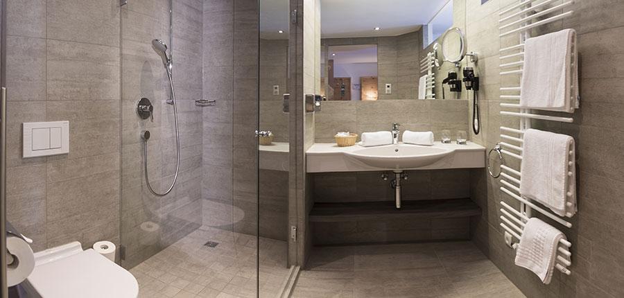 Hotel Jenewein, Obergurgl, Austria - Bathroom.jpg